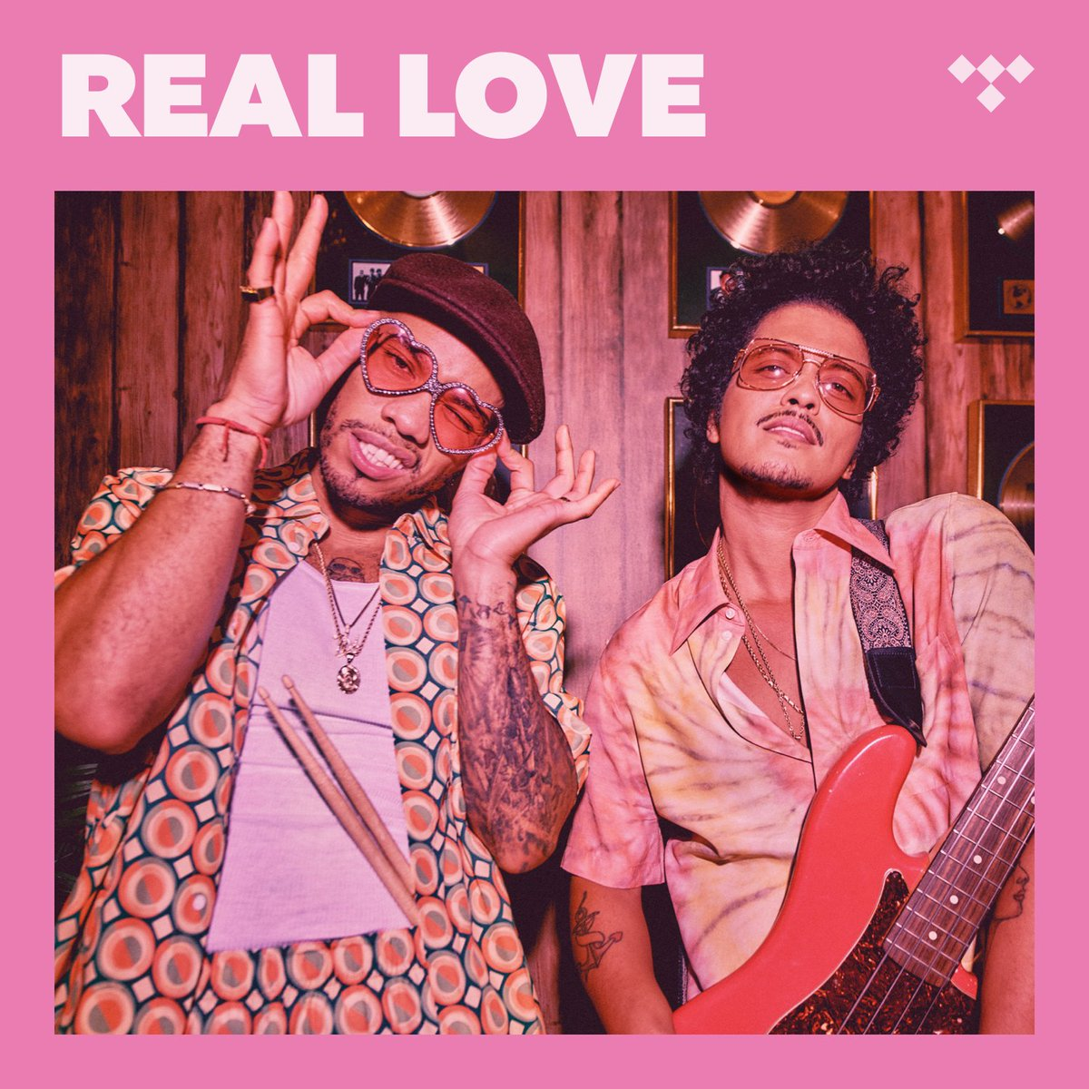 """Listen to """"Leave The Door Open,"""" the latest single from @AndersonPaak and @BrunoMars AKA @silksonic on TIDAL.   Master Quality:"""