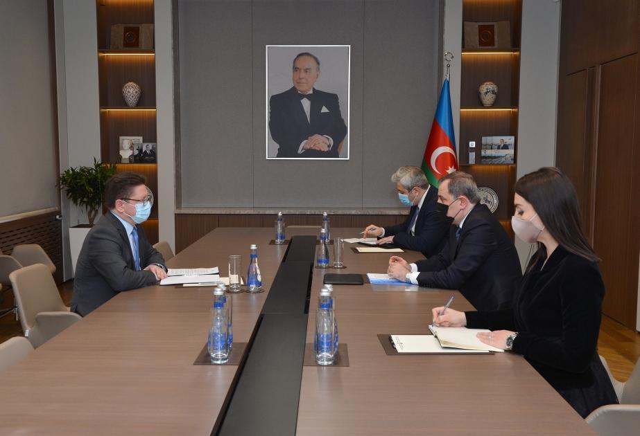 Aserbaidschanischer Außenminister trifft sich mit dem Leiter des Baku-Büros des Europarates https://t.co/GxugfeTFAZ https://t.co/soSnV8apW7