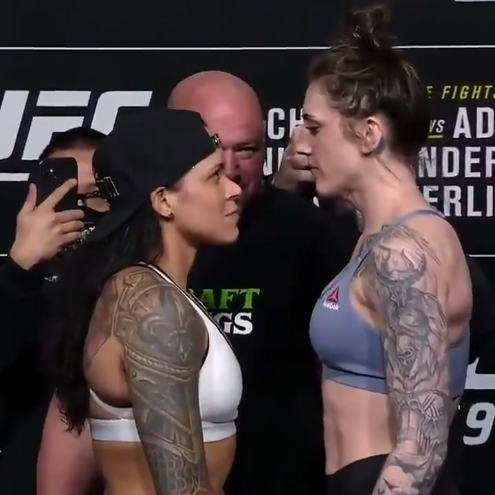 Double champ @Amanda_Leoa puts her featherweight title on the line against @MeganA_mma 🏆  Stream #UFC259 Saturday on ESPN+ 🔜 https://t.co/pOphkmMf0r https://t.co/iayQOuA5gW