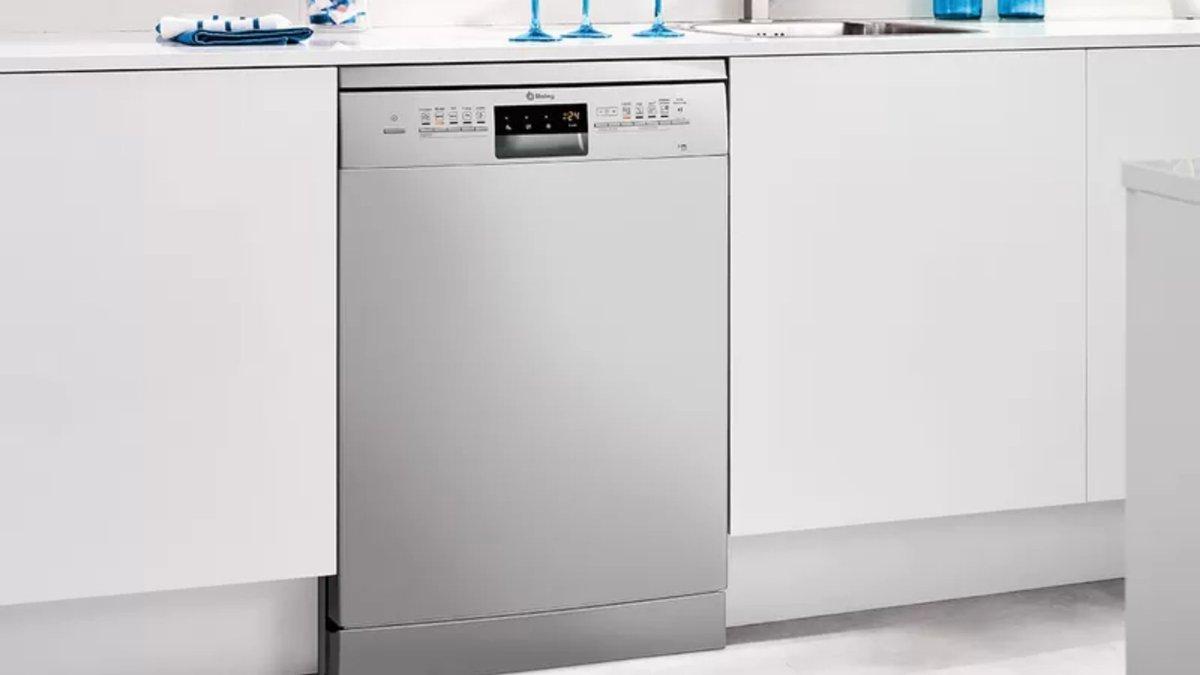 ¿Estás buscando un #lavavajillas? 🤨 ¡En Telemana contamos con una gran variedad de lavavajillas #Balay! 😎  👉   #cocinar #instahogar #hogar #home #secadora #lavar #lavadora #navidad #sabiasque #tips #consejos #cooking #trucosdecocina
