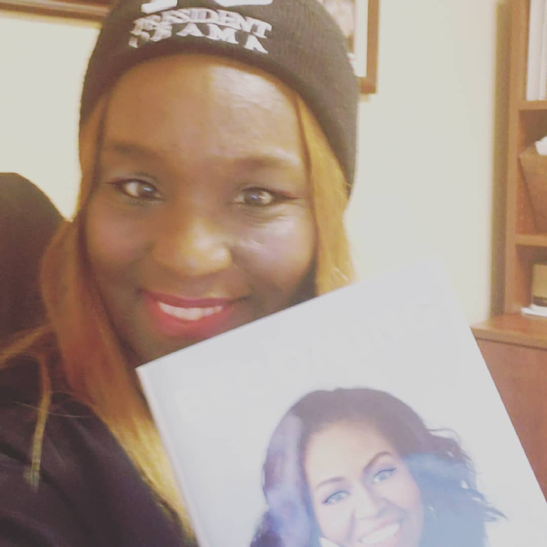 @MichelleObama GOTTA LOVE THIS BOOK! GOT IT ON AUDIO AND HARDCOVER #IamBecoming #IamBecomingMichelleObama