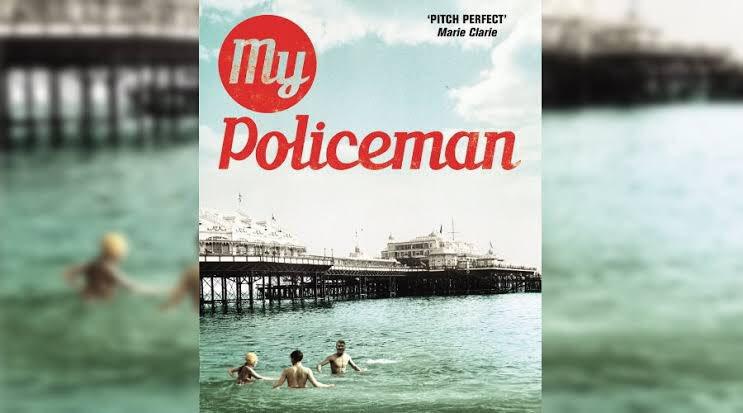 Esto es MY POLICEMAN.  Una historia de amor queer; Tom, un policía gay, oculta su romance con Patrick, estando en una relación con Marion; ambientada en los años 50, seguirá dos períodos de tiempo (50's y 90's).