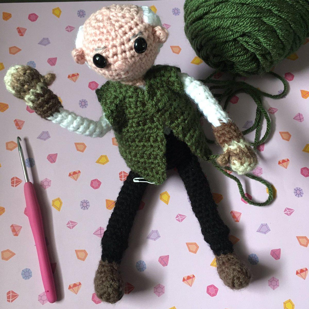 More progress on Bernie.  Pattern by: @tobeytimecrochet   #amigurumi #crochet #fiberartist #berniesanders #berniesmittens #craftglee