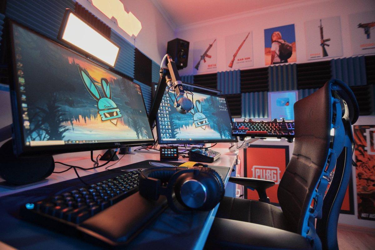 "DanucD on Twitter: ""Logitech G Gear ✓ Blue Microphone ✓ Herman Miller chair  ✓ What gear do you use gamers? Show me your setups!👀 #LogitechGPartner  #PoweredByBlue… https://t.co/YyltgcSX6E"""