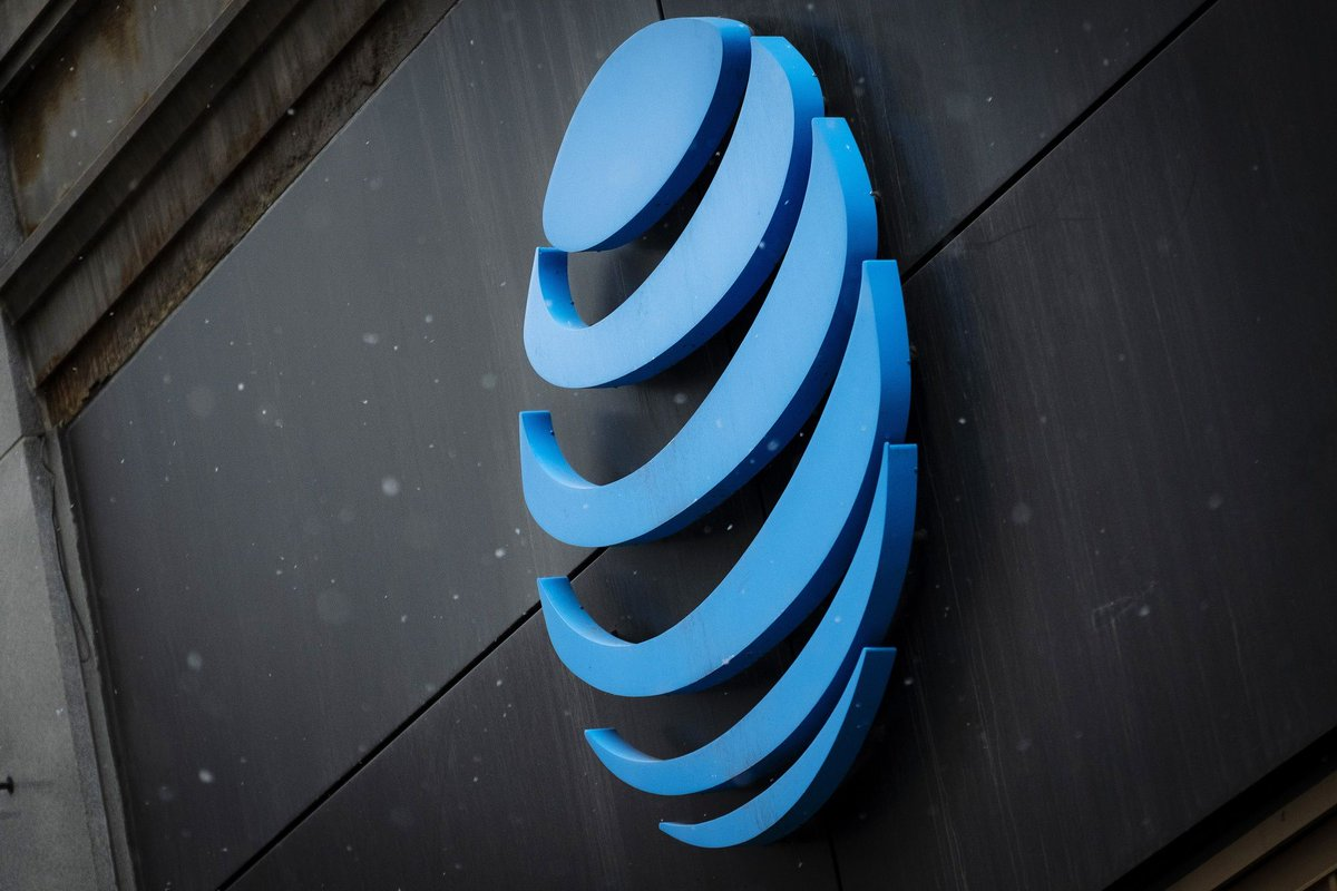 AT&T is sued by SEC over information disclosed to analysts bnnbloomberg.ca/1.1573122