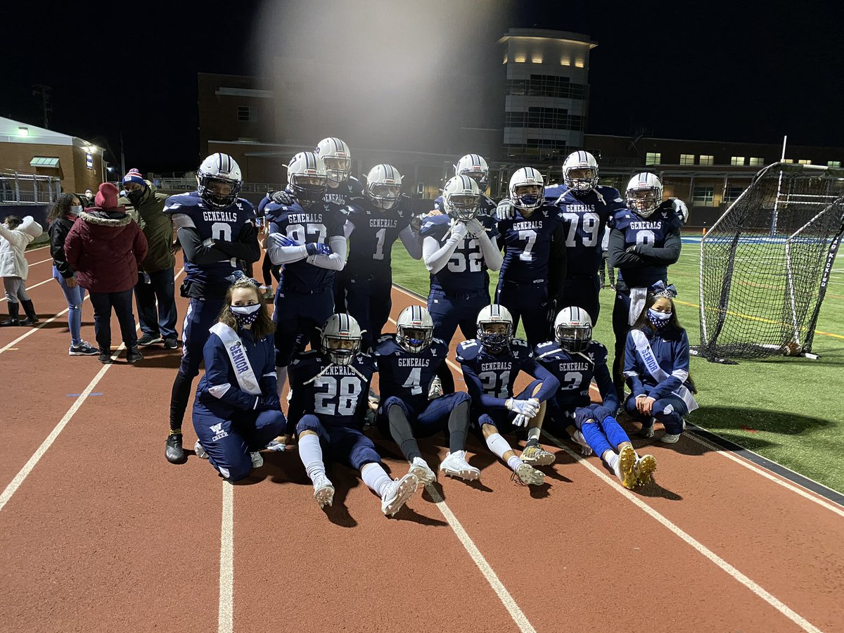 Congrats to our 2012 Senior Football and Cheerleaders. <a target='_blank' href='http://twitter.com/WLFootball'>@WLFootball</a> <a target='_blank' href='http://twitter.com/WLGeneralsCheer'>@WLGeneralsCheer</a> <a target='_blank' href='https://t.co/EOPqFWXm85'>https://t.co/EOPqFWXm85</a>