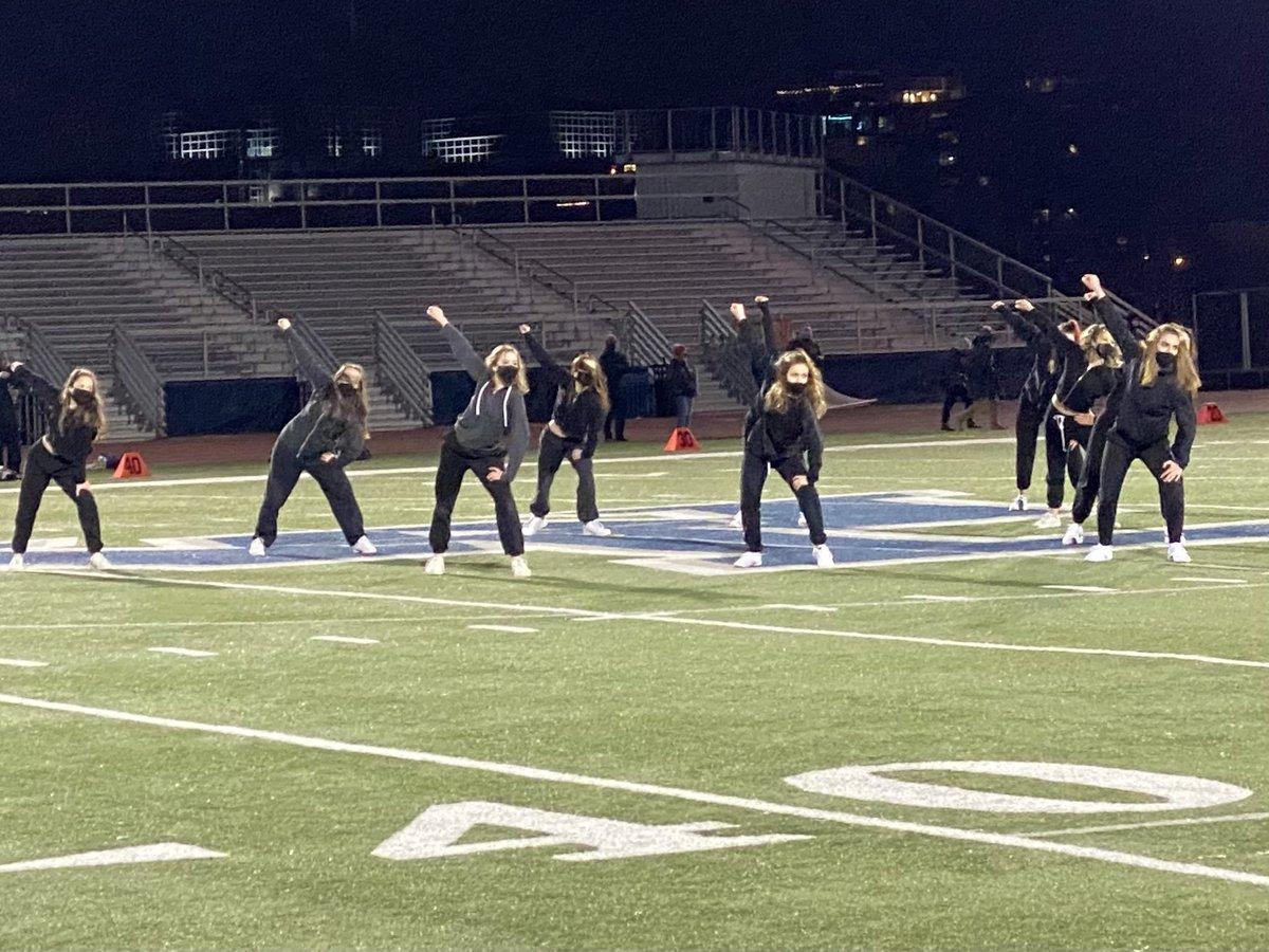 W-L Dance team!!!!  Awesome job Generals. <a target='_blank' href='http://twitter.com/GeneralsPride'>@GeneralsPride</a> <a target='_blank' href='https://t.co/A5U0urfwIP'>https://t.co/A5U0urfwIP</a>