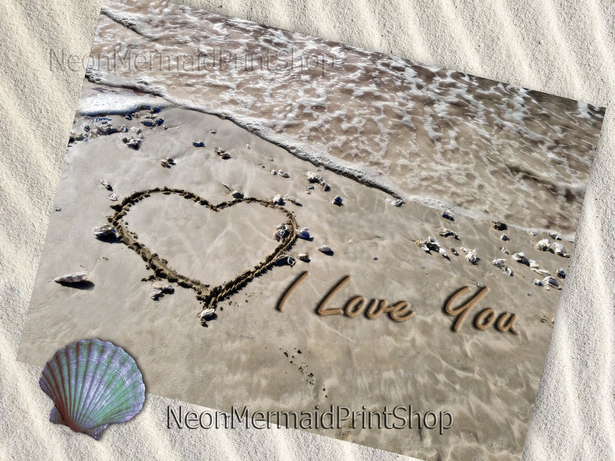 Love is in the air! <3 This print can be customized with a message , names, initials or dates! #love   #anniversarygift #gift #etsyfinds #etsystore #beach #BeachDecor #wedding #NaturePhoto #artistsontwitter  @etsyretweet @etsygroupboard @EtsyArtistLoung