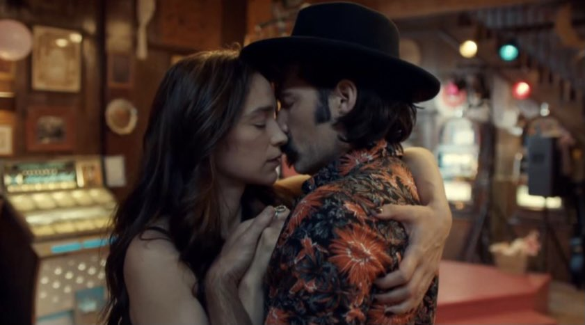 🎶 We're going down And you know that we're doomed My dear We're slow dancing in a burning room🎶 #BringWynonnaHome #WynonnaEarp