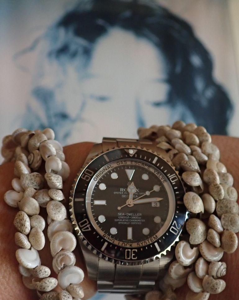 test ツイッターメディア - このディープシーはデカさに惹かれ好奇心で2009年に購入しましたが、いざ手首に付けたらその厚さと重さに圧倒されました‼️ 手首への負担が半端ないので普段使いは厳しいですが、ロレックス中では一番男らしい時計なので好きですよ🤙 #ROLEX #ロレックス #ディープシー #時計 #中森明菜 https://t.co/z6G8tLHbJN