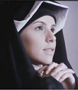 """""""Oh Madre, Virgen, nadie comprenderá, Que el inmenso Dios se hace hombre, Sólo por amor y por Su insondable #misericordia A través de Ti, oh Madre, viviremos con Él eternamente"""" (Diario 161)   #JesúsEnTiConfío"""
