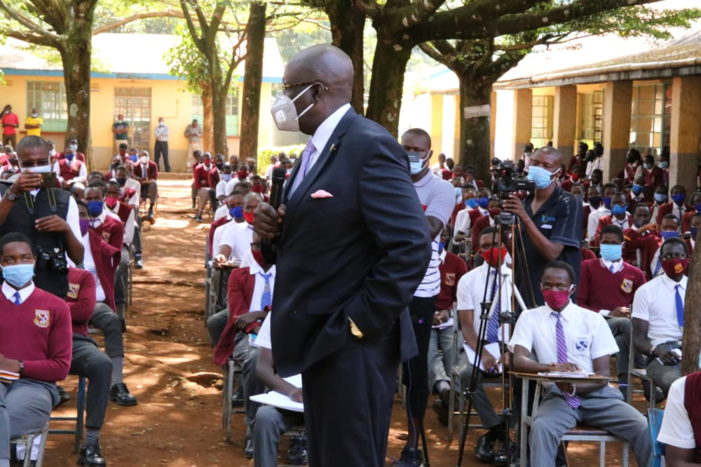 Education CS Prof. George Magoha speaks to learners of Chavakali High School, Vihiga County. The CS advised the learners not to panic but to contextualize the KCSE exams set to commence later in March, this year.