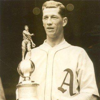 "#OTD in #MLB history (3/6/1900):  Lefthanded pitcher Robert Moses ""Lefty"" Grove was born.  #Athletics (Philadelphia) #RedSox #HOF      1931 AL MVP 2X World Series champion 4X AL wins leader 6X All-Star 7X AL strikeout leader 9X AL ERA leader"