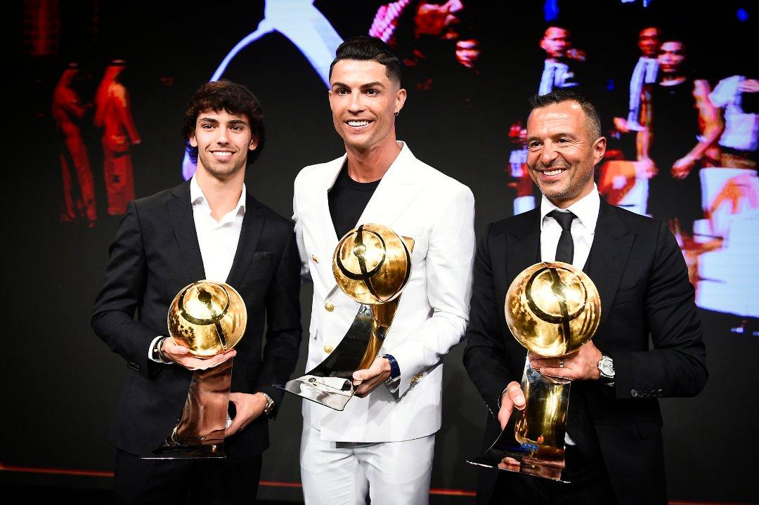 🔙  João Félix, Cristiano Ronaldo and Jorge Mendes at the 2019 Dubai #GlobeSoccer Awards 🏆