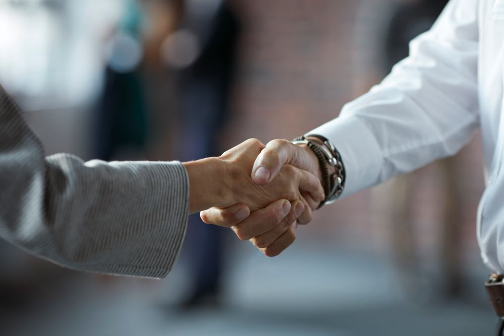 Starke #Partnerschaft: @migrosbank kooperiert mit FinanceScout24. Ab sofort werden attraktive Privatkredite der Migros Bank auch über die digitale Finanz- und Versicherungsplattform von FinanceScout24 angeboten. #Finanzen #Kredite https://t.co/L5vkZvQxZj https://t.co/Wn5JuzbSHN