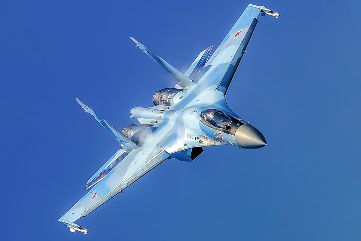 Su-35S: News - Page 37 Ew1-nvtWQAcJkrL?format=jpg&name=medium