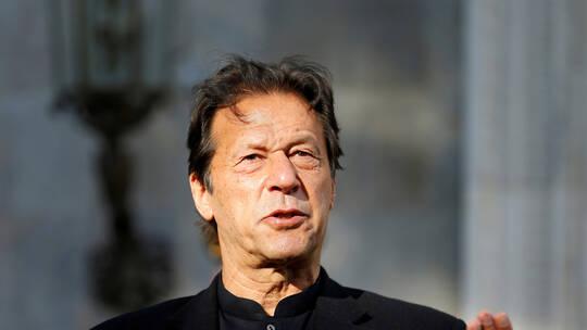 إصابة رئيس وزراء باكستان عمران خان بفيروس كورونا عمران خان تلقى التطعيم ضد الفيروس التاجي قبل يومين