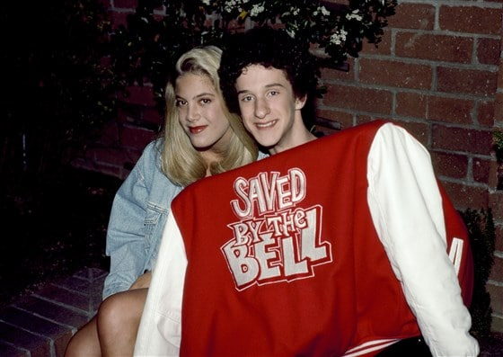 "Tori Spelling Calls Dustin Diamond Who Died Today Her ""First On-Screen Love""  #Cancer #DustinDiamond #ToriSpelling"