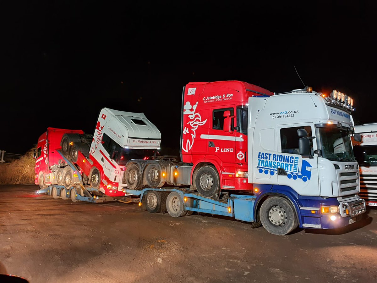 Taken last night we've got four Scanias in the frame. Loaded ready for delivery this morning. Stunning @ScaniaUK #Haulage #Logistics #Transporter #Scania #HGV #Trucking #Night #Collection #Delivery #UKWide #Professionals #Working #tuesdaymotivations