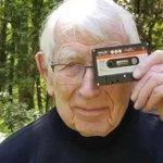 カセットテープを開発したオランダの技術者が亡くなる・・・
