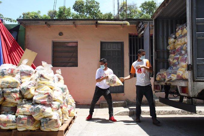 Venezuela crisis economica - Página 29 EwUg0UCWEAEKH6G?format=jpg&name=small