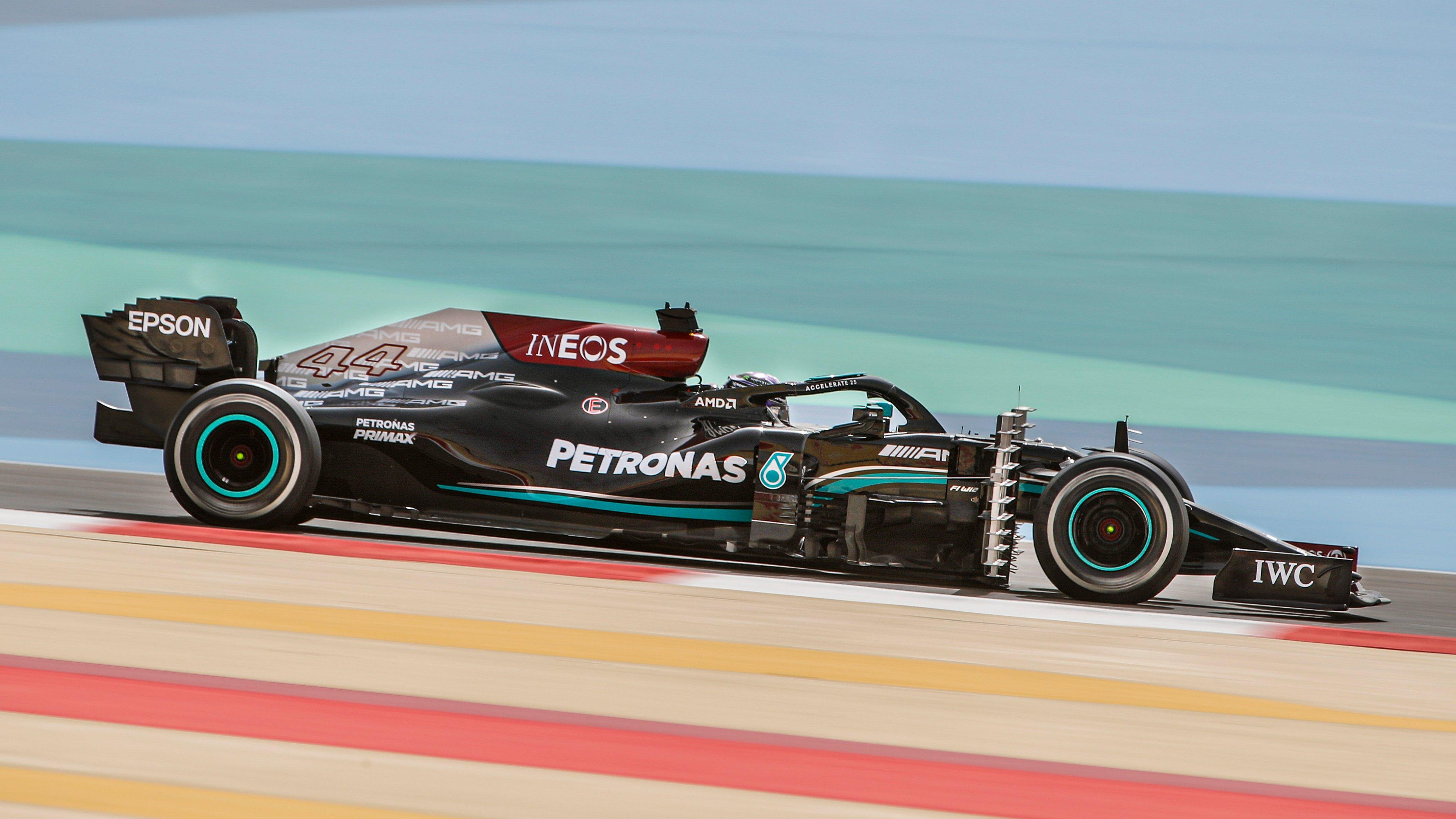 Mercedes W12, Lewis Hamilton