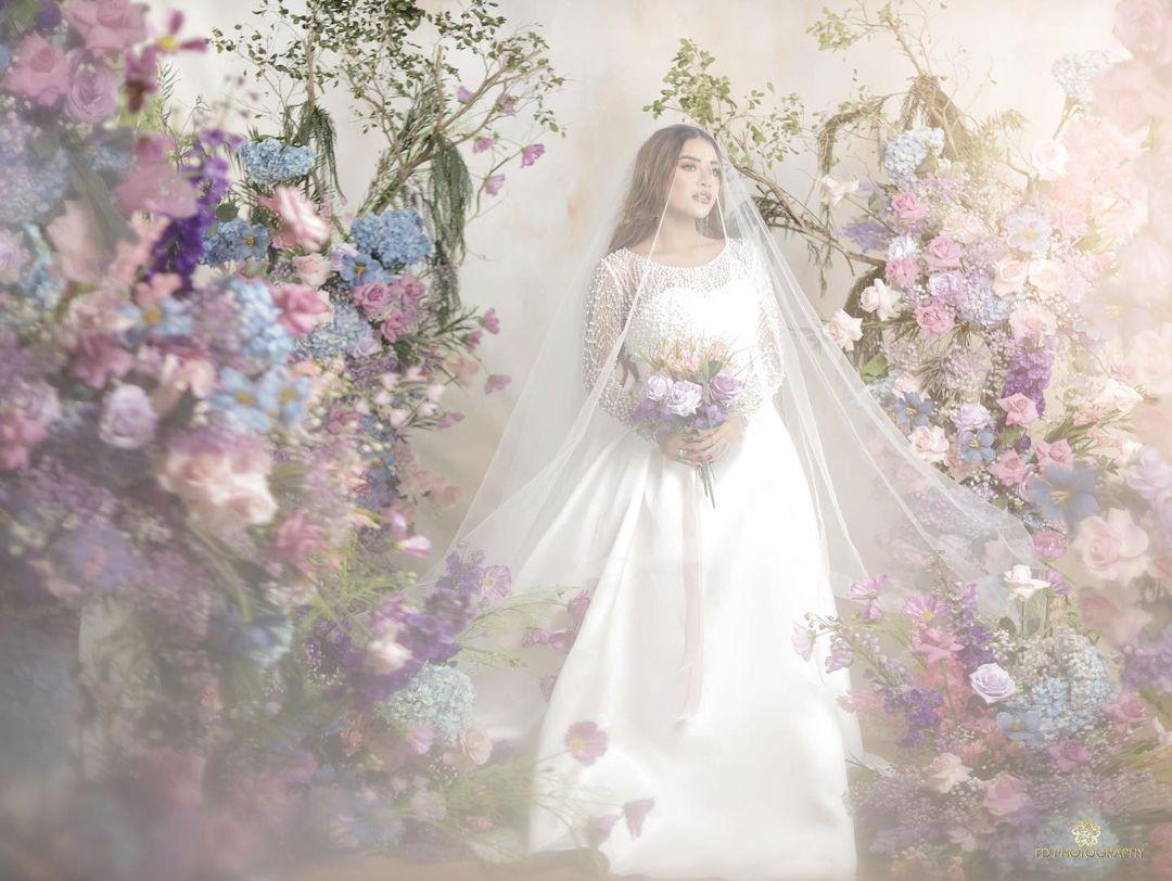 Aurel Hermansyah saat melakukan sesi pemotretan prewedding
