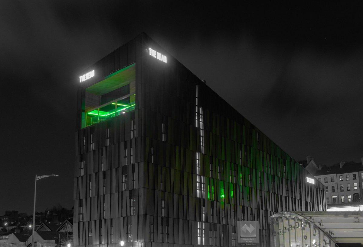 Just the green at The Dean  #StPatricksDay #CorkCity https://t.co/55skbyzSXE