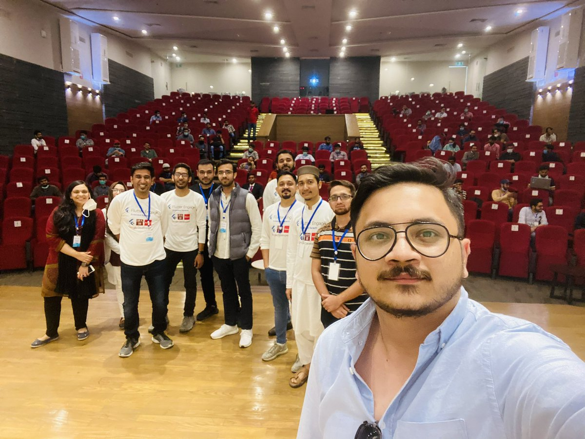 Flutter Engage Karachi Extended 2021! ⚡️ Amazing experience, outstanding audience, amazing volunteers! Thanking IBA, Google, and Walturn to support us for this! @nlycskn @SaadGH #FlutterEngageKarachi