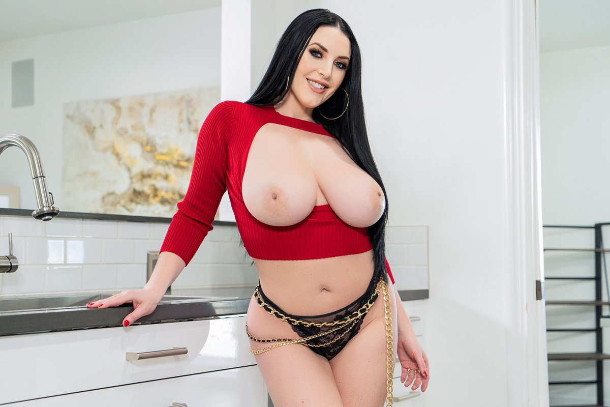 You cant spell Angela without a-n-a-l fal.cn/3e01y @Scottnails4  @ANGELAWHITE