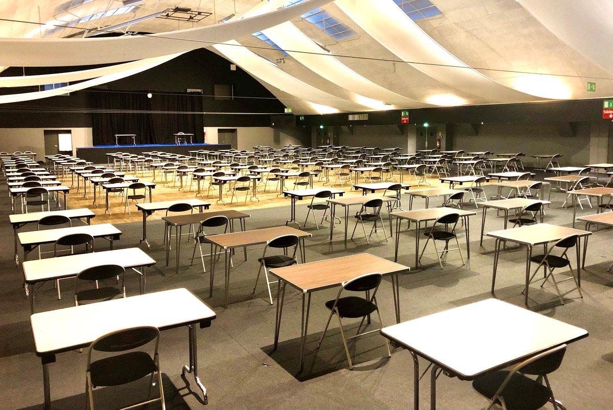 Demain, le #CentredeCongrès de #Caen accueillera le concours de contrôleurs de 1ère classe dans le respect des gestes barrières.  Bonne chance à tous   #Caen #concours #epreuve #CentredeCongrès https://t.co/Vme0CN49Yo