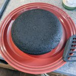 天気がいいのでホットケーキを焼いた結果?黒い物体が出来上がる!