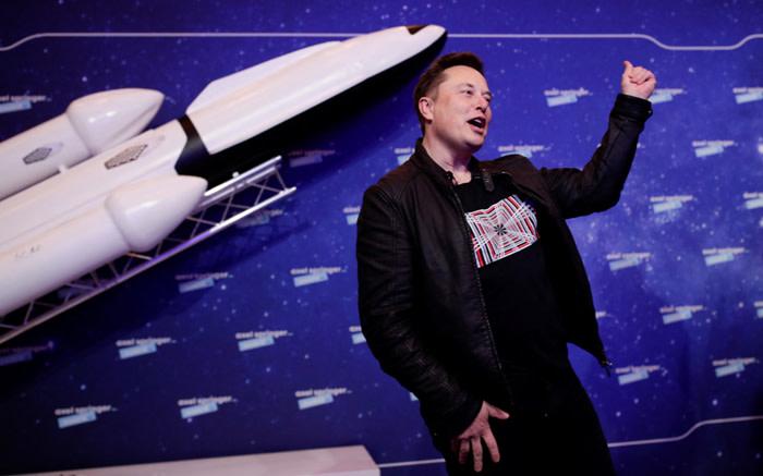 SA's Elon Musk crowned 'Tecnoking' at Tesla