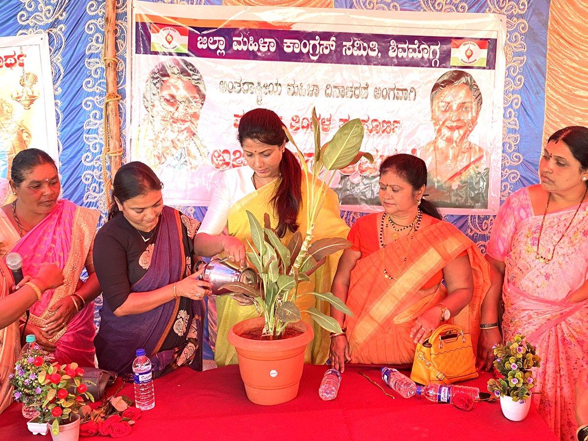 Celebrated International Women's Day with the embroidery making women at rural #Shimogha at   Kunchenenahalli #Thanda. #internationalwomensday2021 #womensday2021