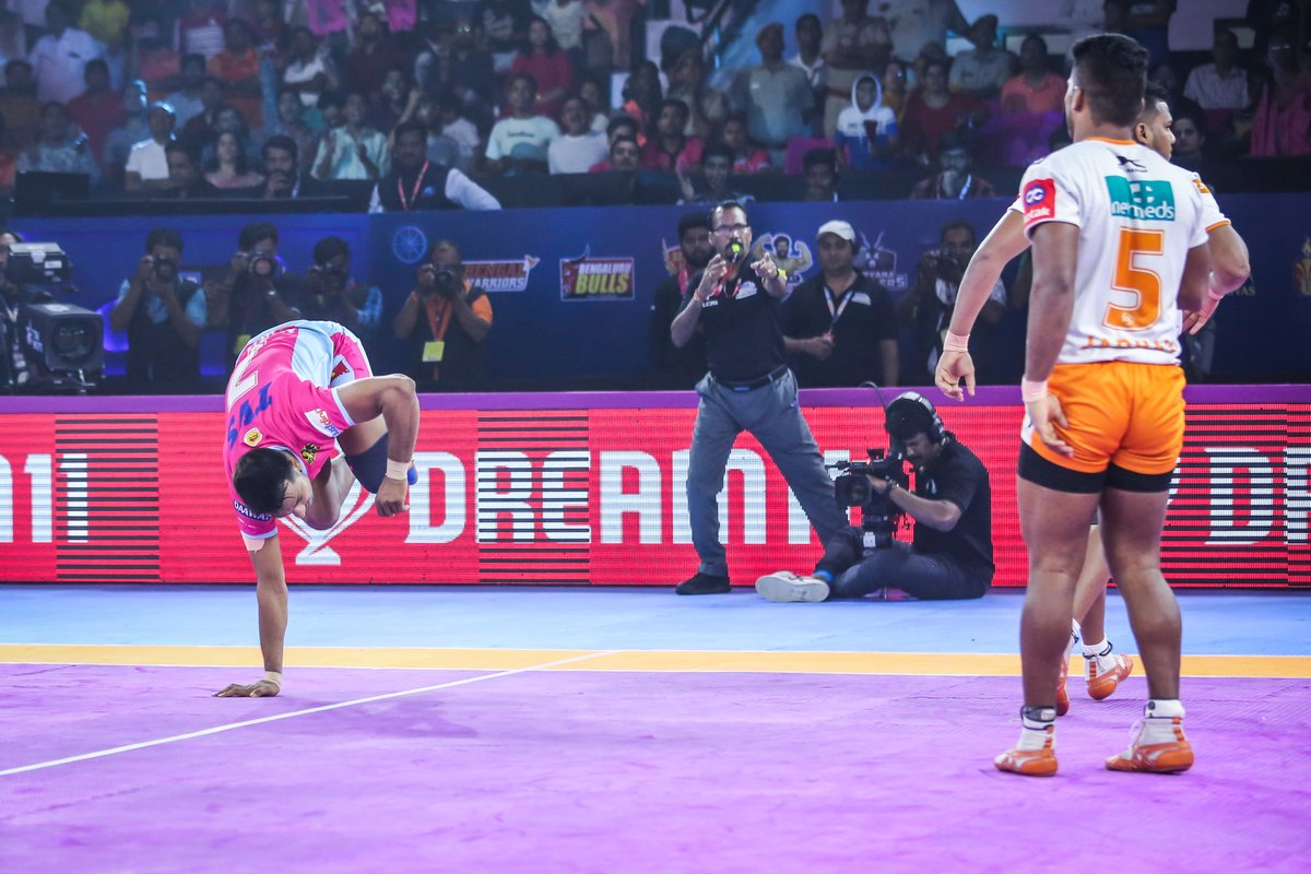 It's not the finish line that matters. It's the struggle before it that does.  #PantherSquad #JaiHanuman #TopCats #JaipurPinkPanthers #JPP #Jaipur #vivoprokabaddi