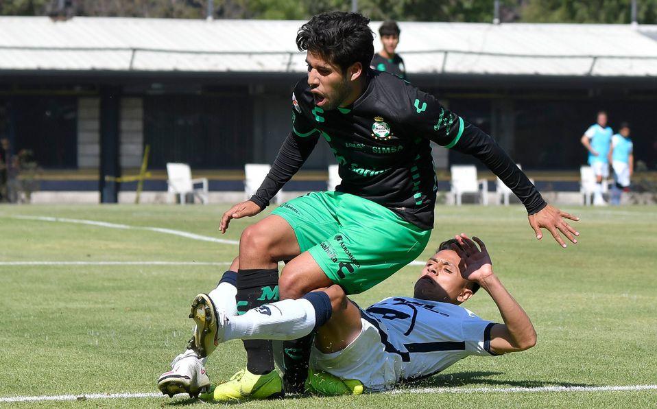 La FMF suspende todo el torneo a jugador de Pumas por romper a un futbolista de Santos