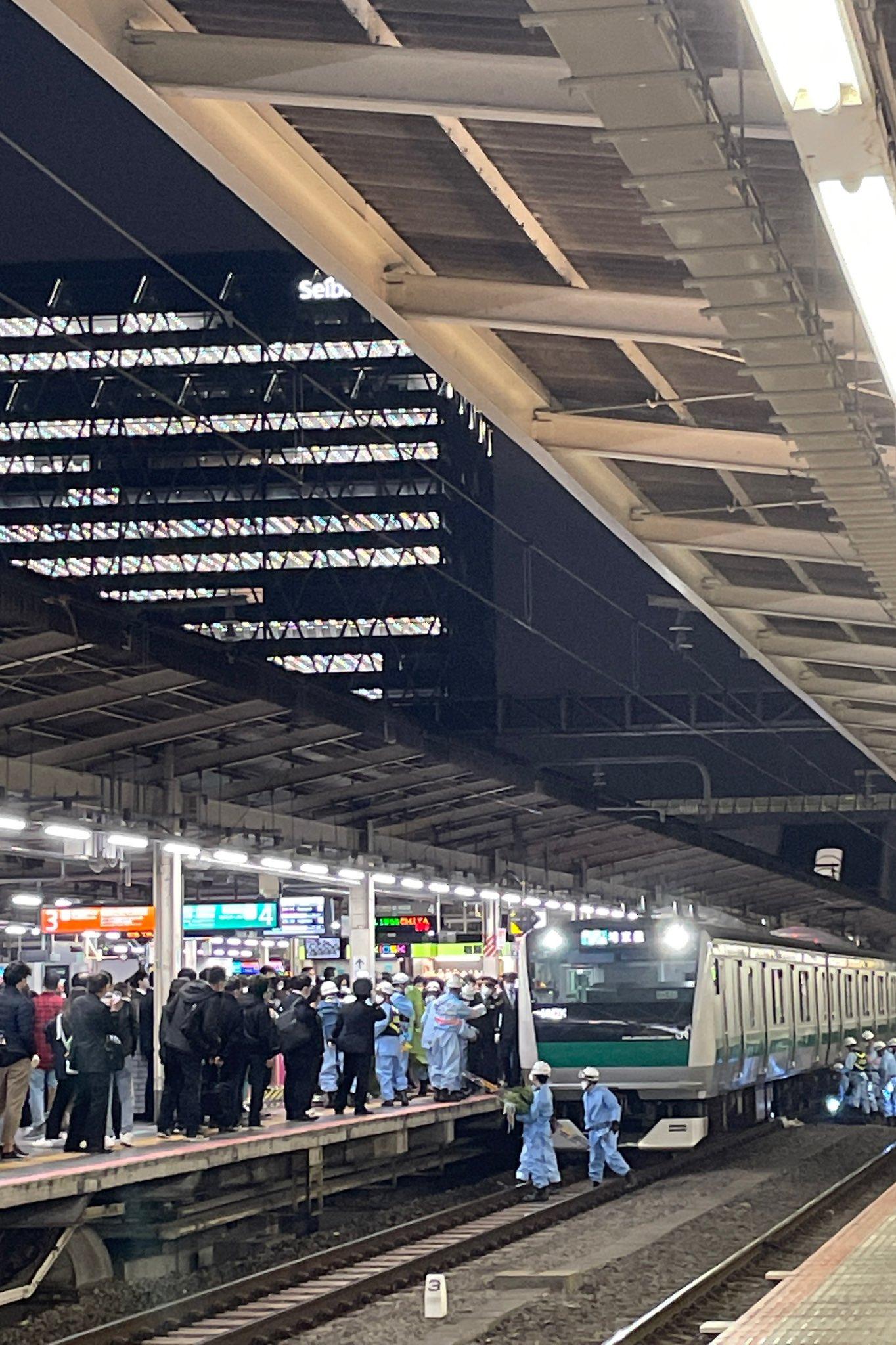 池袋駅の人身事故の当該列車の画像