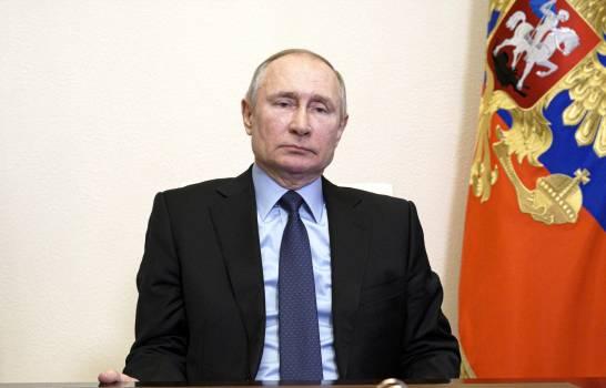 Putin le desea buena salud a Biden