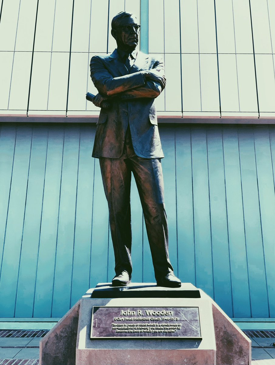 "Visited John Wooden. I'm honored to be named a #uclaoptimist but he was THE ultimate. He said, ""Talent is God given. Be humble. Fame is man-given. Be grateful. Conceit is self-given. Be careful."" Thank you to the young @UCLA ambassadors who have brought us so much pride & joy! 🙌🏼 https://t.co/wJiPU4bY5I"