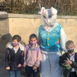 Image for the Tweet beginning: Look who was outside school