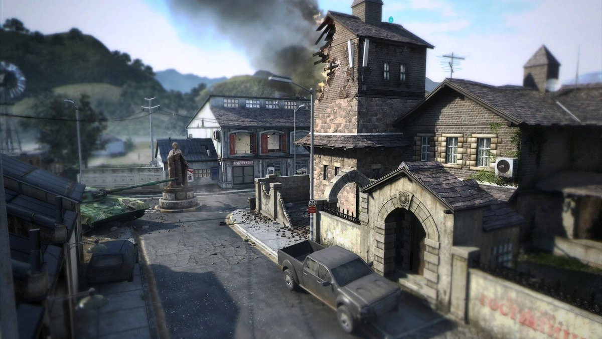 What is the best COD map of all time and why is it Standoff?