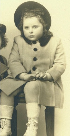 3 April 1938 | A French Jewish girl, Charlotte Dancyger, was born in Paris.  She arrived at #Auschwitz on 2 September 1942 in a transport of 1,000 Jews deported from Drancy. She was murdered in a gas chamber after selection. https://t.co/UgO4II0ypT