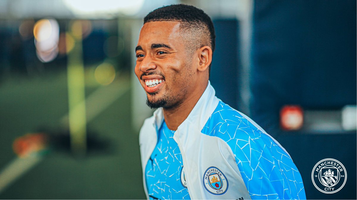 𝙷𝚊𝚙𝚙𝚢 𝙱𝚒𝚛𝚝𝚑𝚍𝚊𝚢, @gabrieljesus9! 🤙🥳  🔷 #ManCity | https://t.co/axa0klD5re https://t.co/rjU4LUpi7k