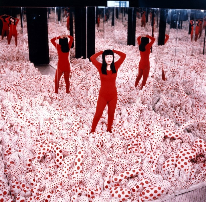 🔴 'Every day I create new works with all my might. The older I become, the brighter my life gets.' - #YayoiKusama, born #onthisday in 1929. 🔴  Wishing Kusama a beautiful birthday! ❤️ https://t.co/uTsF59GQ4B