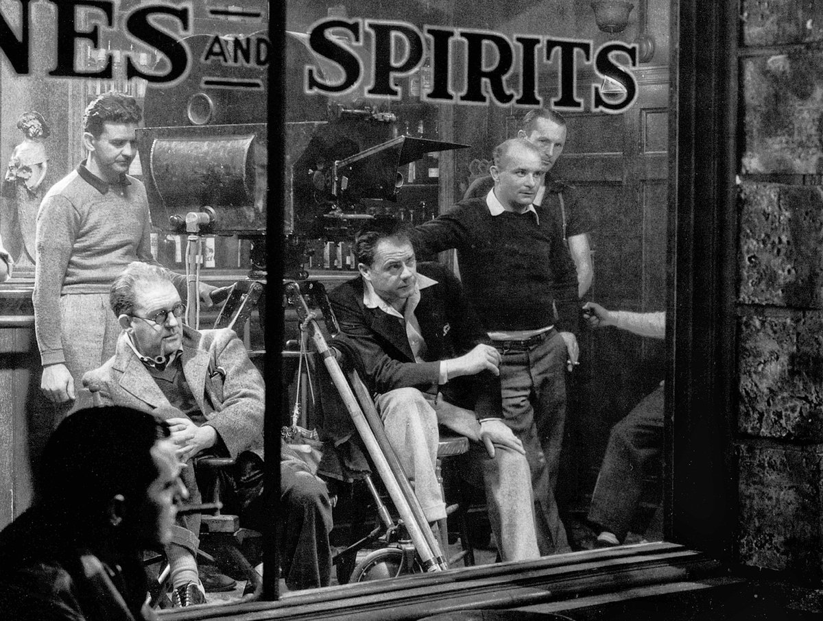 Shooting THE INFORMER (1935) are director John Ford (left of camera) and CINEMATOGRAPHER Joseph August (right of camera) and crew. https://t.co/HFLMJWQNd5