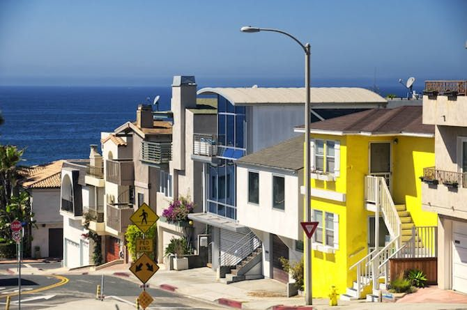 Looking to live close to the beach? Discover the cities of South Bay Los Angeles. #southbay #losangeles #livebythebeach #losangelesrealestate https://t.co/22ke6YwMVO https://t.co/v2Vscl8MKm