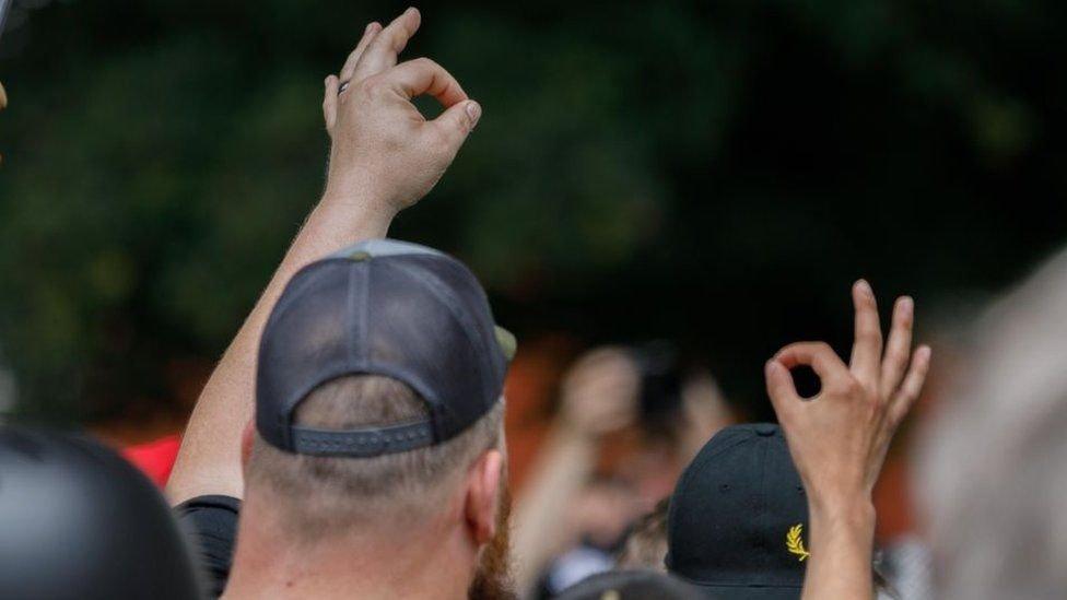 """De Lucca on Twitter: """"Historicamente é ok [ou tomar no cu, depende da região], mas ele foi ressignificado pela extrema-direita no exterior como símbolo dos supremacistas brancos.… https://t.co/3LJI0kMZJg"""""""