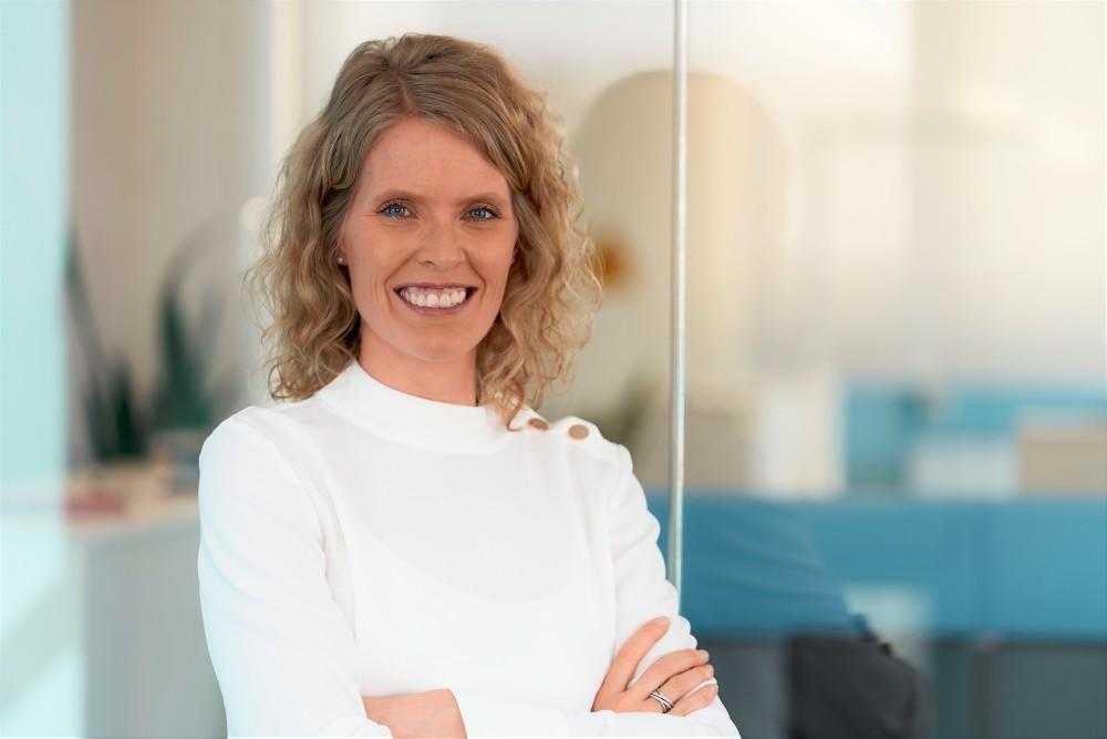 Angie Hagemann wird Chief Construction Officer bei Deutsche Glasfaser! In ihrer neuen Funktion wird sie für den Ausbau der #FTTH Netze in Deutschland verantwortlich zeichnen. 🚀 https://t.co/7oQpgOqL4b https://t.co/Lc8FiF8Rtx