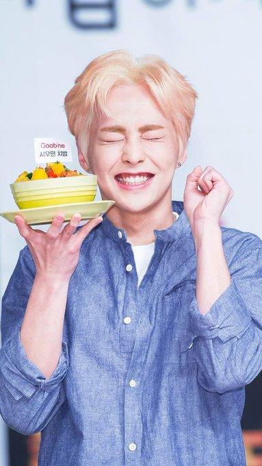 Happy birthday kaka xiuu!!