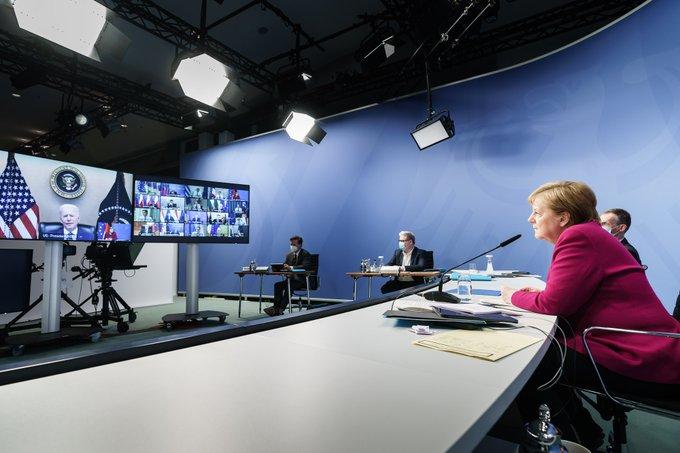 Kanzlerin Merkel während der Videokonferenz des Europäischen Rates im Austausch mit US-Präsident Joe Biden